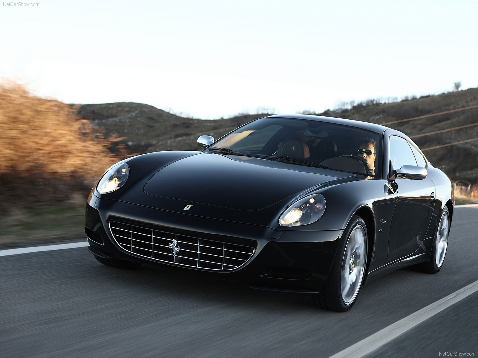 ferrari 612 scaglietti photos photogallery with 49 pics carsbase. Cars Review. Best American Auto & Cars Review