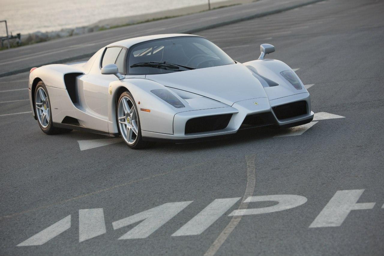 Ferrari Enzo photo 104563