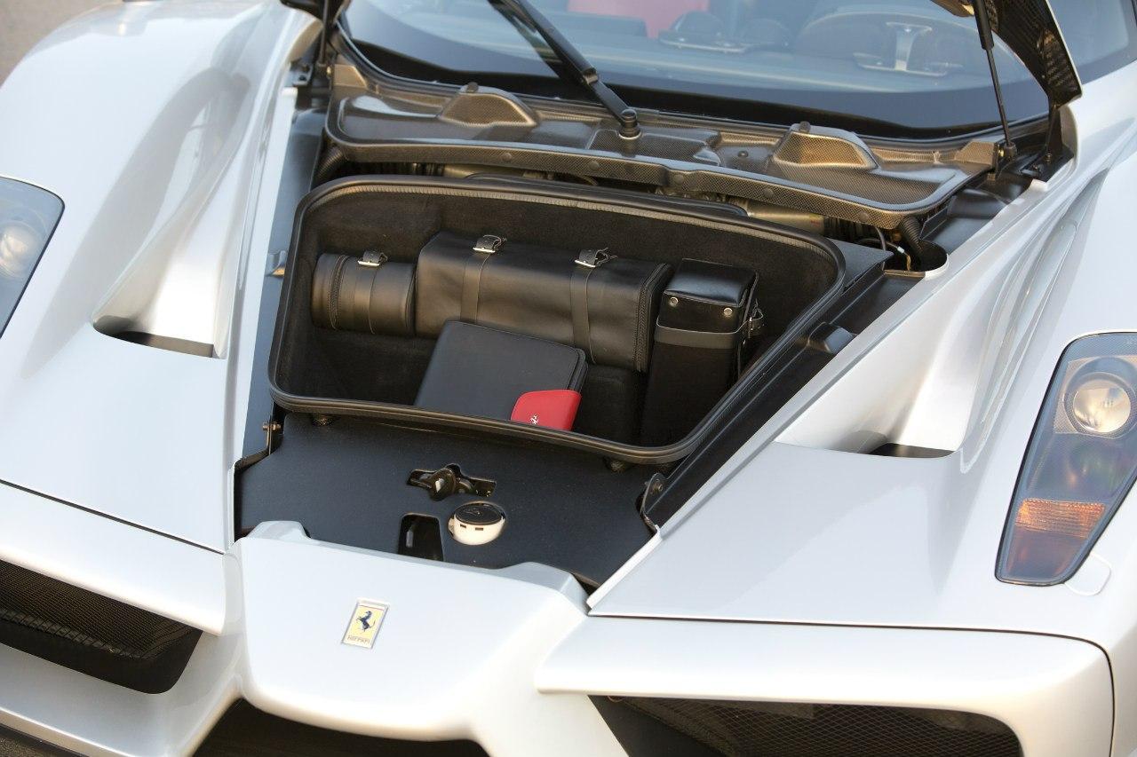 Ferrari Enzo photo 104567