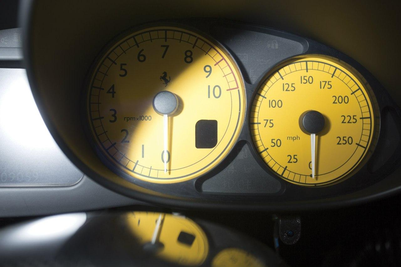 Ferrari Enzo photo 104568