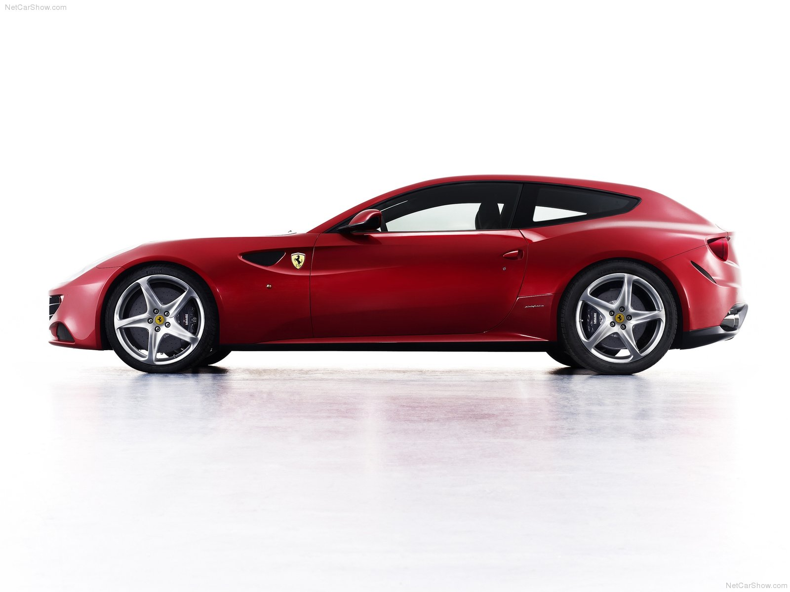 New Cars Amp Bikes Ferrari Ff Review Technical Specifications And Official Photos