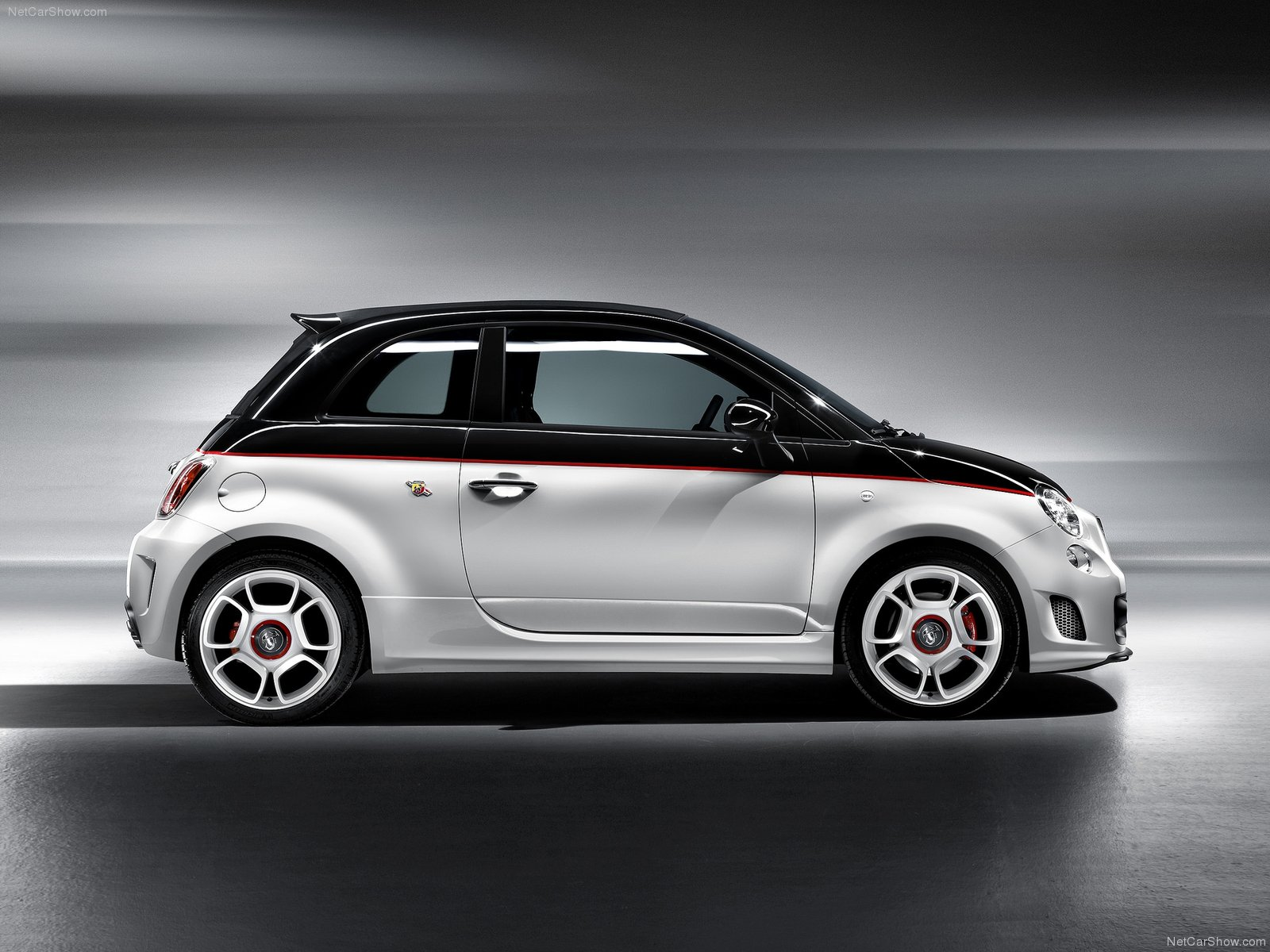 fiat 500c abarth picture 74173 fiat photo gallery. Black Bedroom Furniture Sets. Home Design Ideas