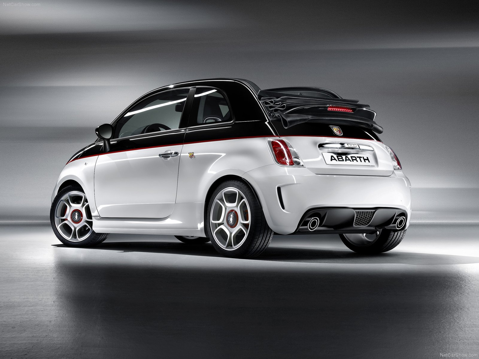 fiat 500c abarth picture 74175 fiat photo gallery. Black Bedroom Furniture Sets. Home Design Ideas