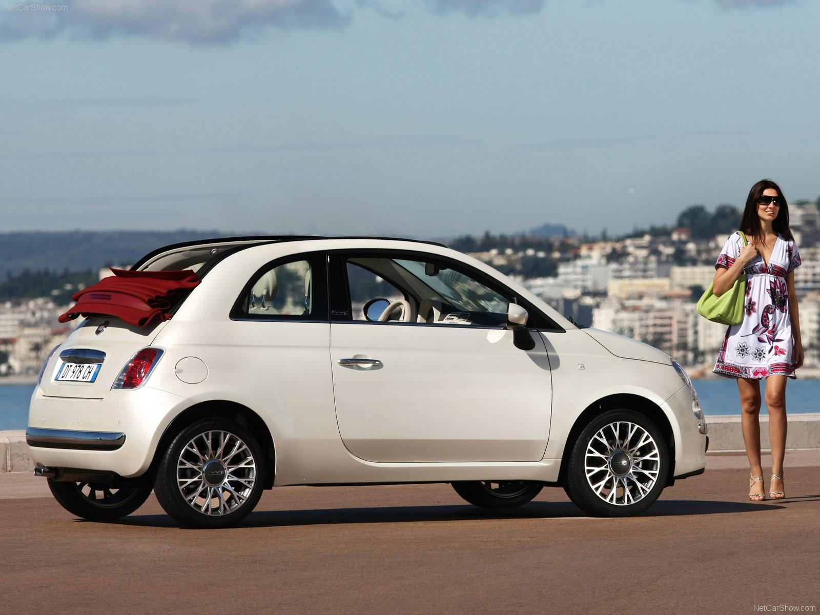 fiat 500c picture 65224 fiat photo gallery. Black Bedroom Furniture Sets. Home Design Ideas