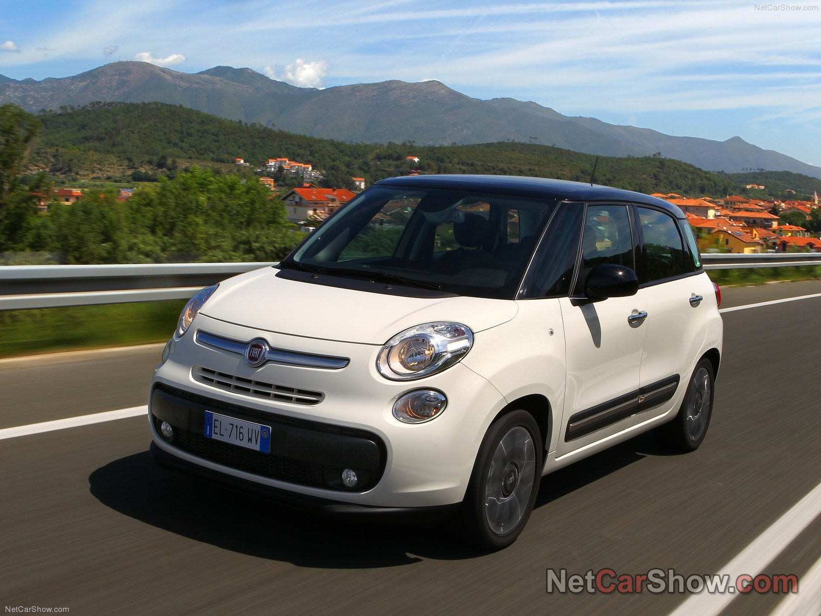fiat 500l picture 93319 fiat photo gallery. Black Bedroom Furniture Sets. Home Design Ideas