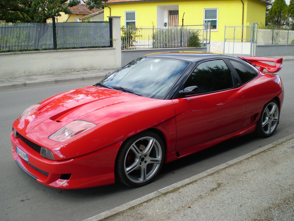 Fiat Coupe Photos Photogallery With 14 Pics Carsbase Com