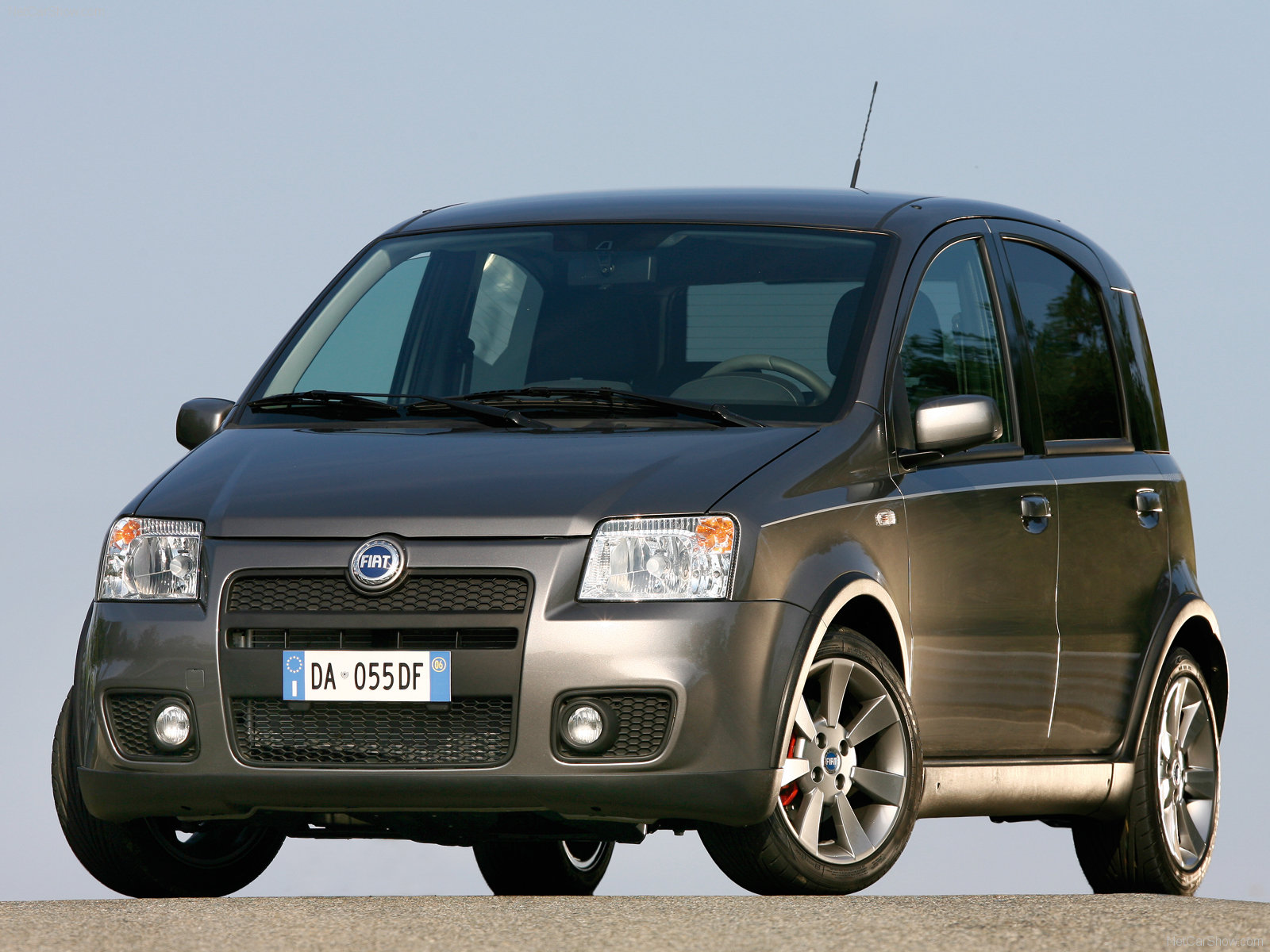 fiat panda 100hp photos photogallery with 10 pics. Black Bedroom Furniture Sets. Home Design Ideas