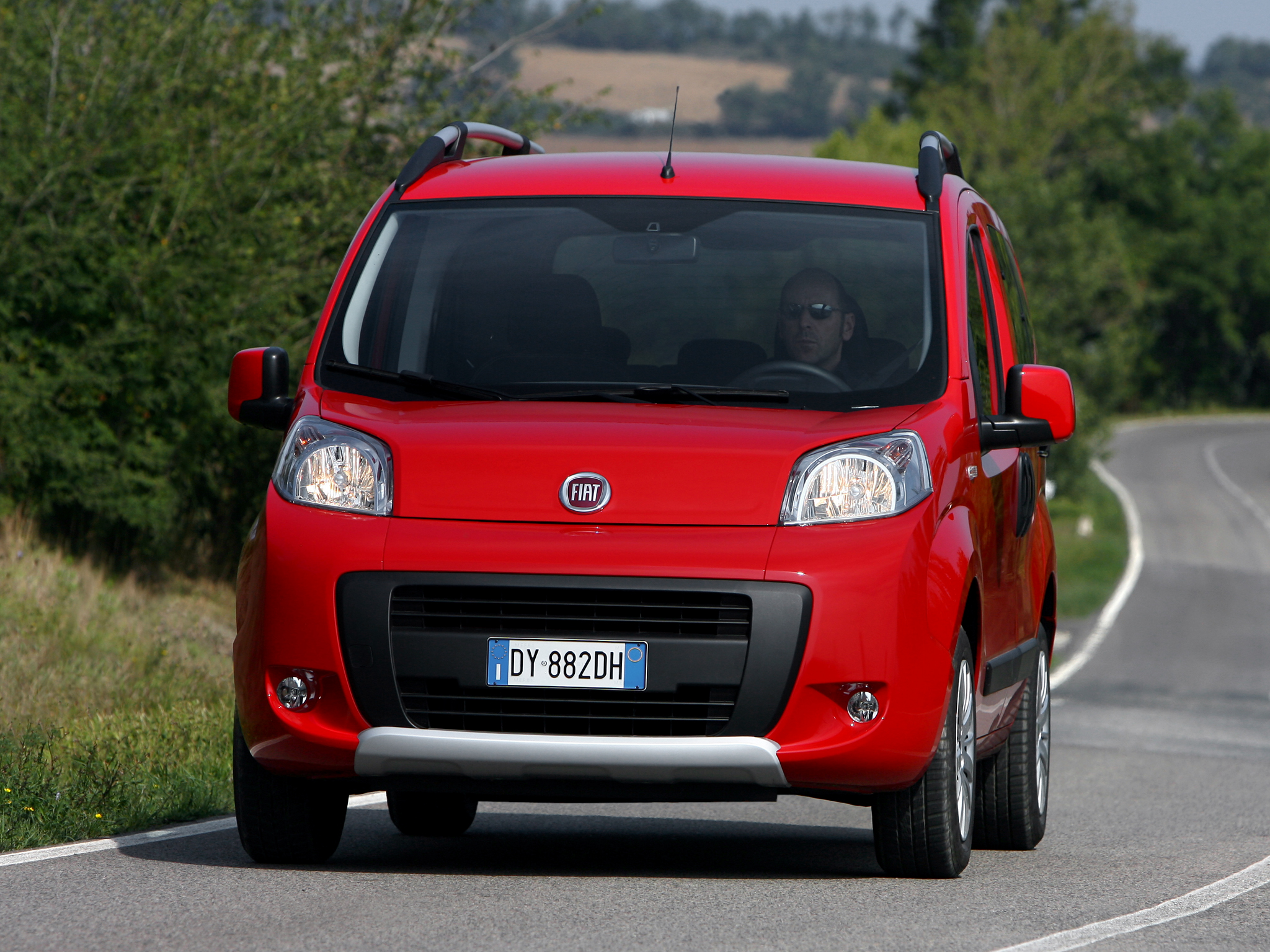 fiat qubo trekking picture 91820 fiat photo gallery. Black Bedroom Furniture Sets. Home Design Ideas