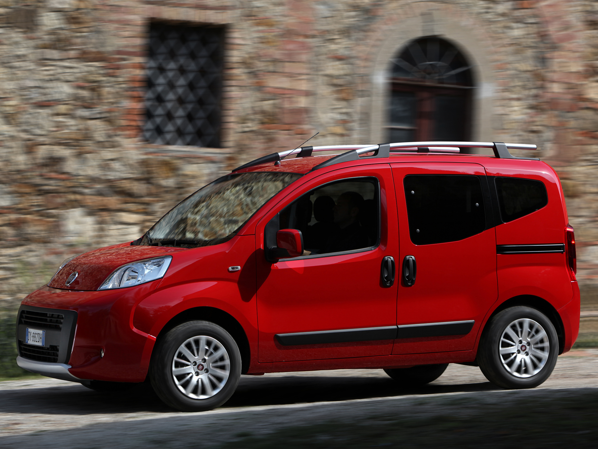 fiat qubo trekking picture 91821 fiat photo gallery. Black Bedroom Furniture Sets. Home Design Ideas