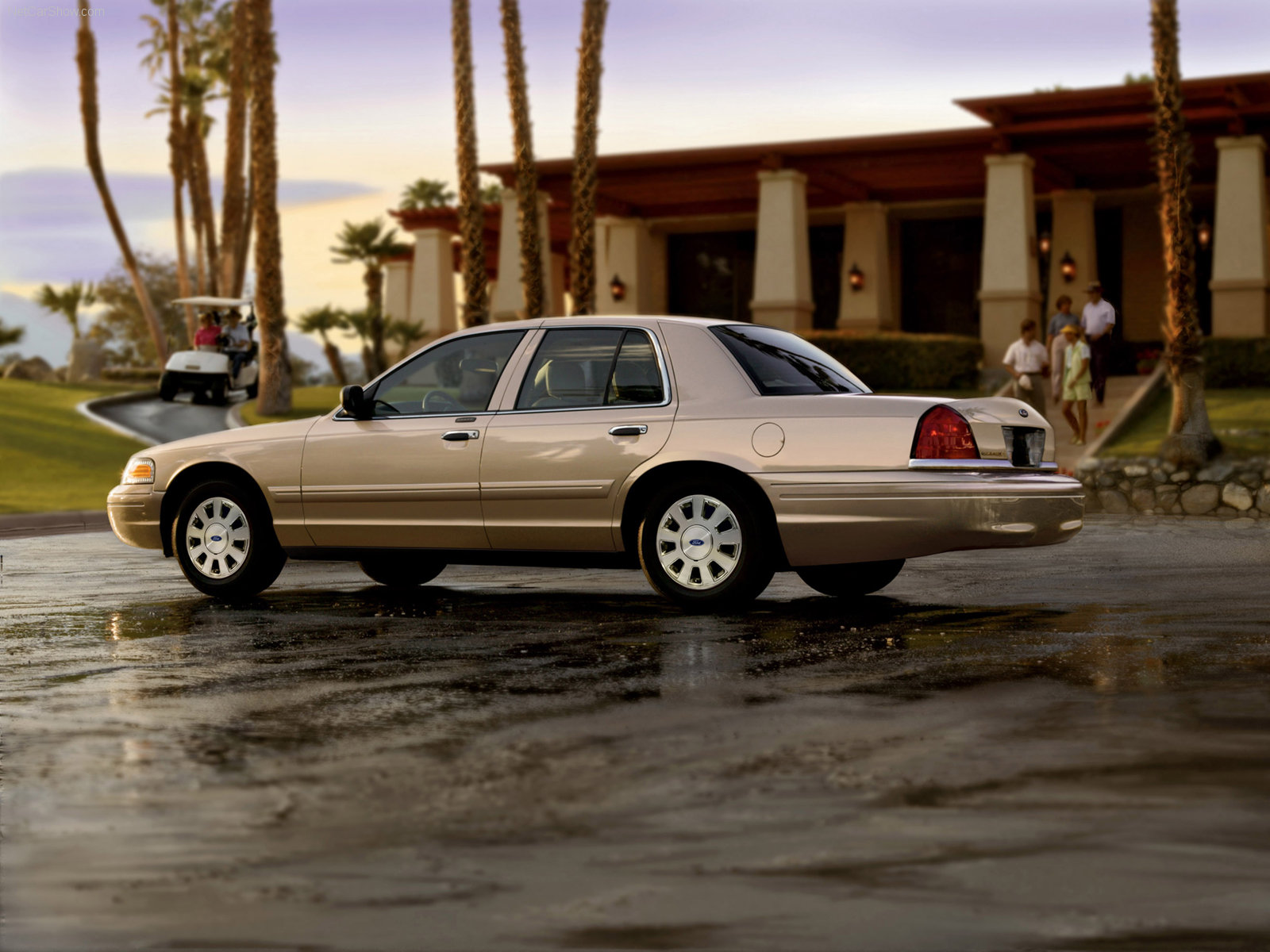 New ford crown victoria pictures