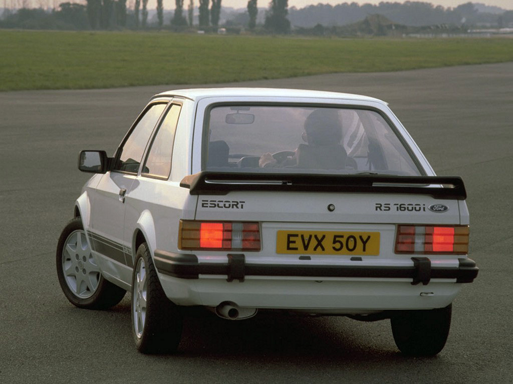 Ford Escort Rs1600 Photos Photogallery With 7 Pics