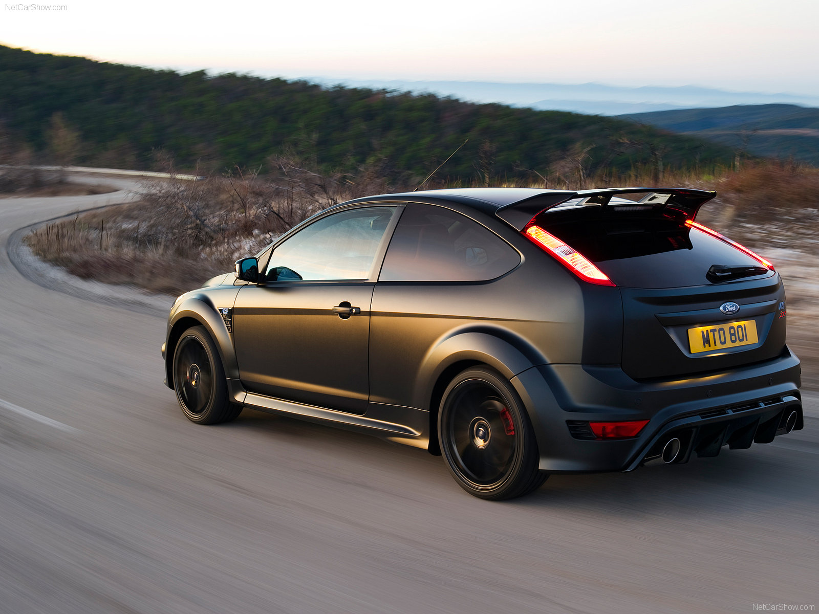 New ford focus rs500 pictures