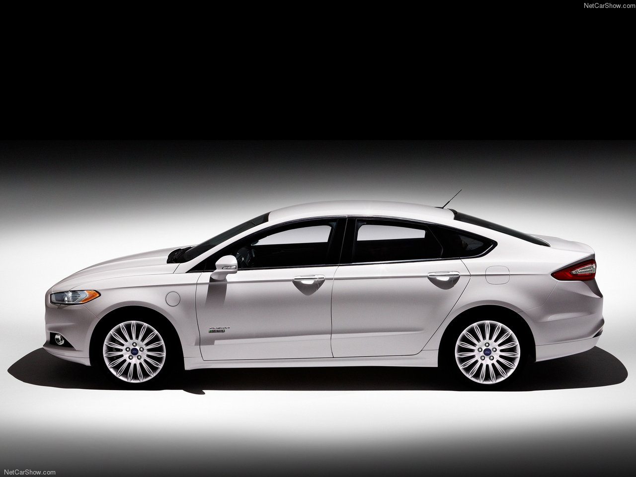 ford fusion energi photos photogallery with 8 pics. Black Bedroom Furniture Sets. Home Design Ideas