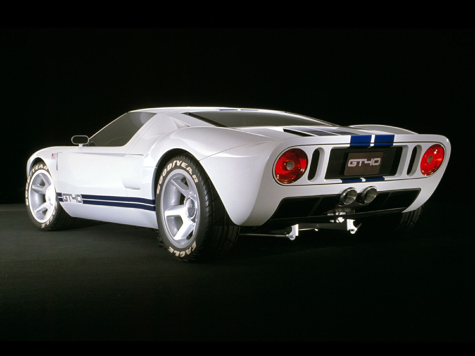 ford gt40 picture 10652 ford photo gallery. Black Bedroom Furniture Sets. Home Design Ideas