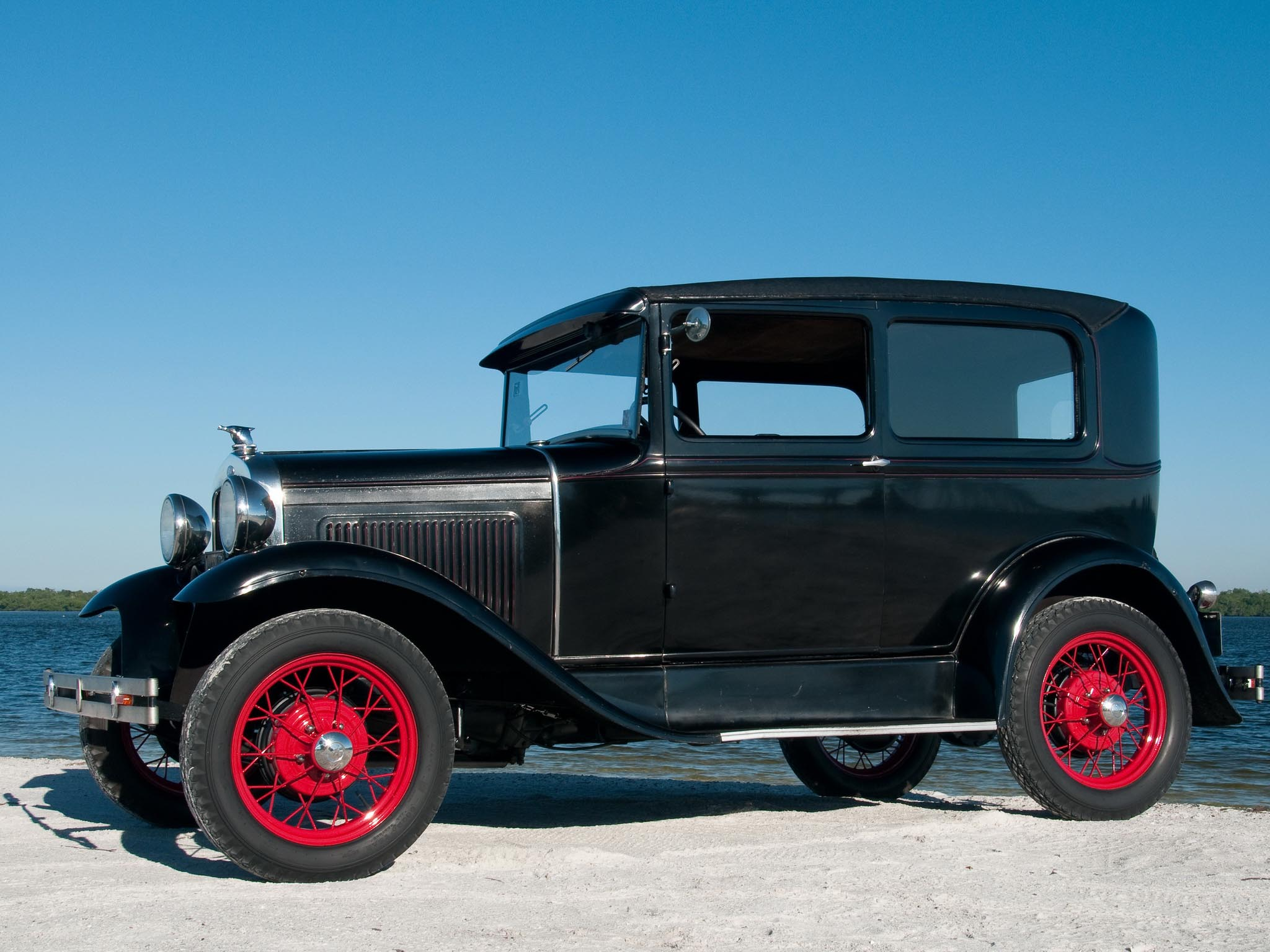 Ford Model A Tudor photo 95861
