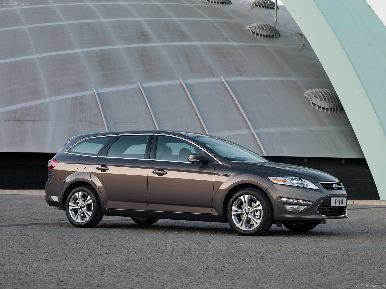 Ford Mondeo Wagon photo 75587