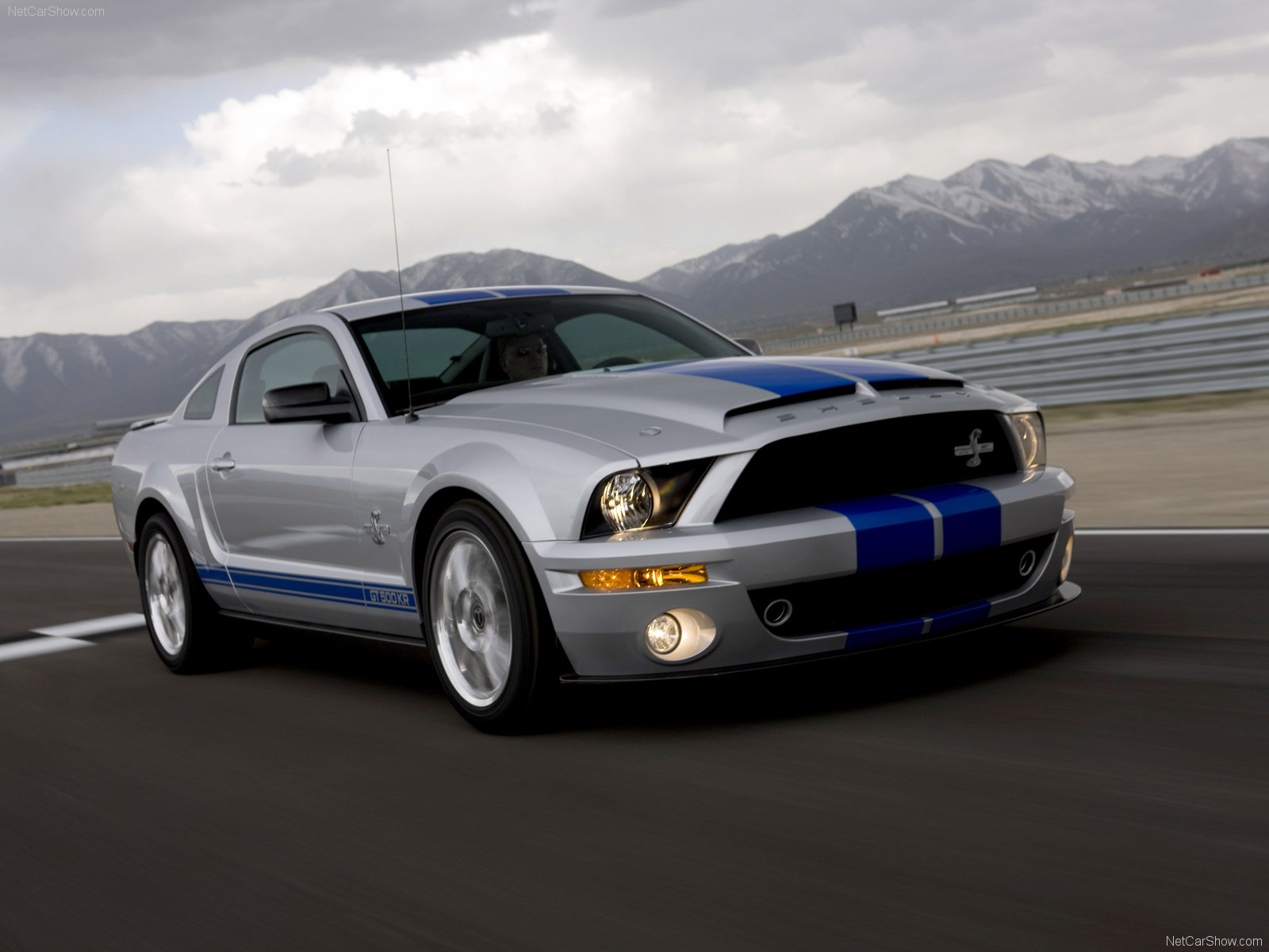 New ford mustang shelby gt500kr pictures