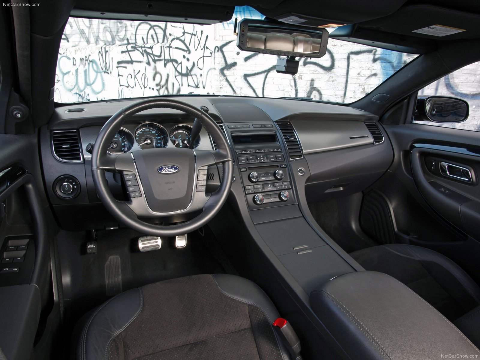 Ford Taurus Police Interceptor Photos Photogallery With