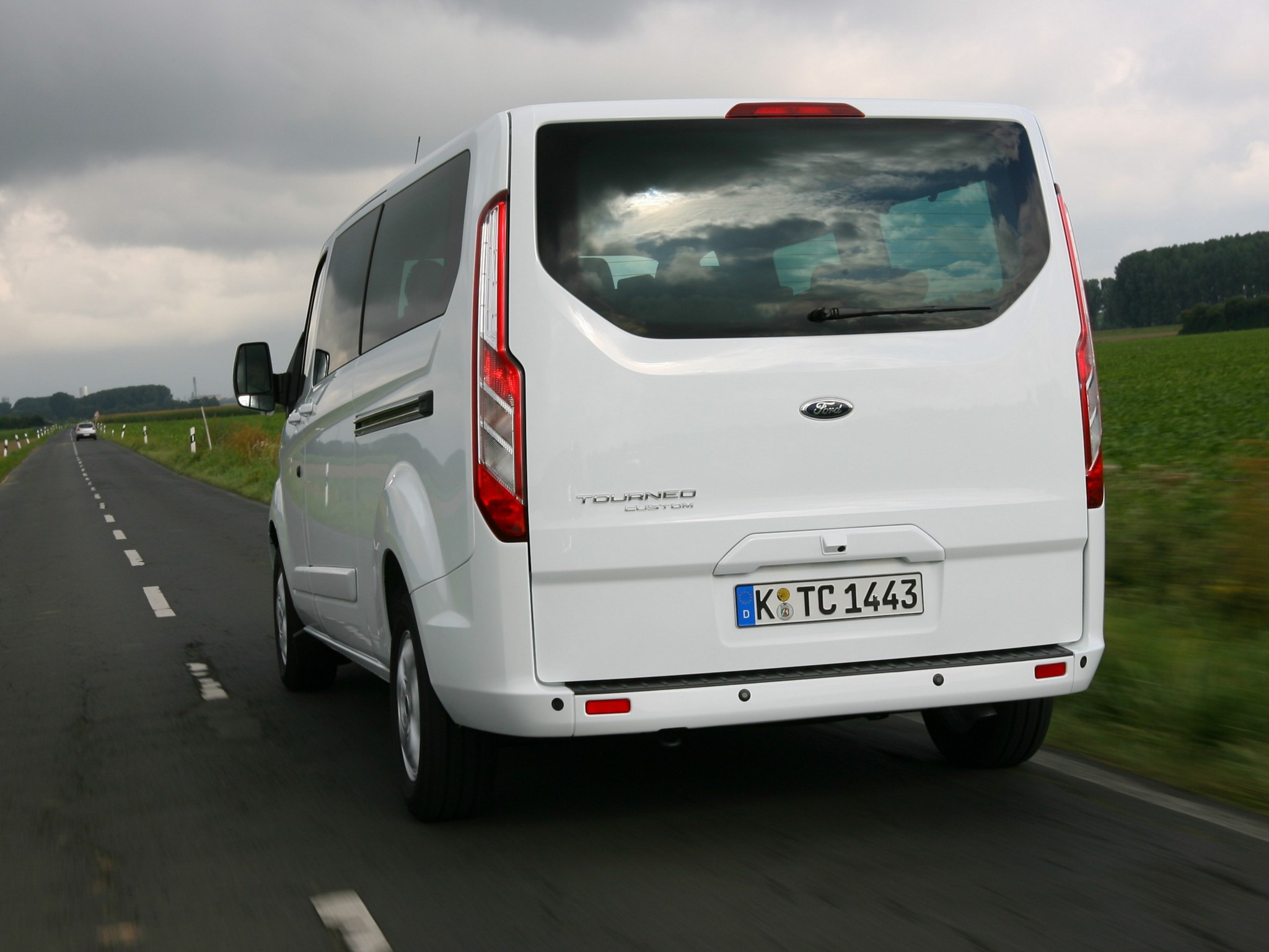 Ford Tourneo Custom picture # 101053 : Ford photo gallery : CarsBase ...