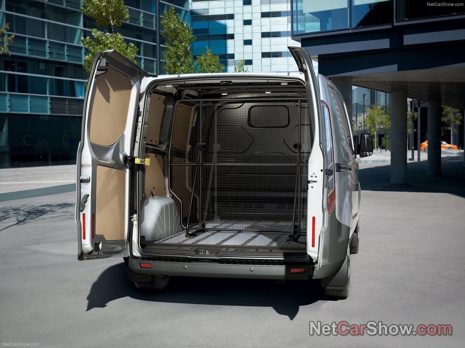 Photo of Ford Transit Custom #93831. Image size: 1600 x 1200. Upload