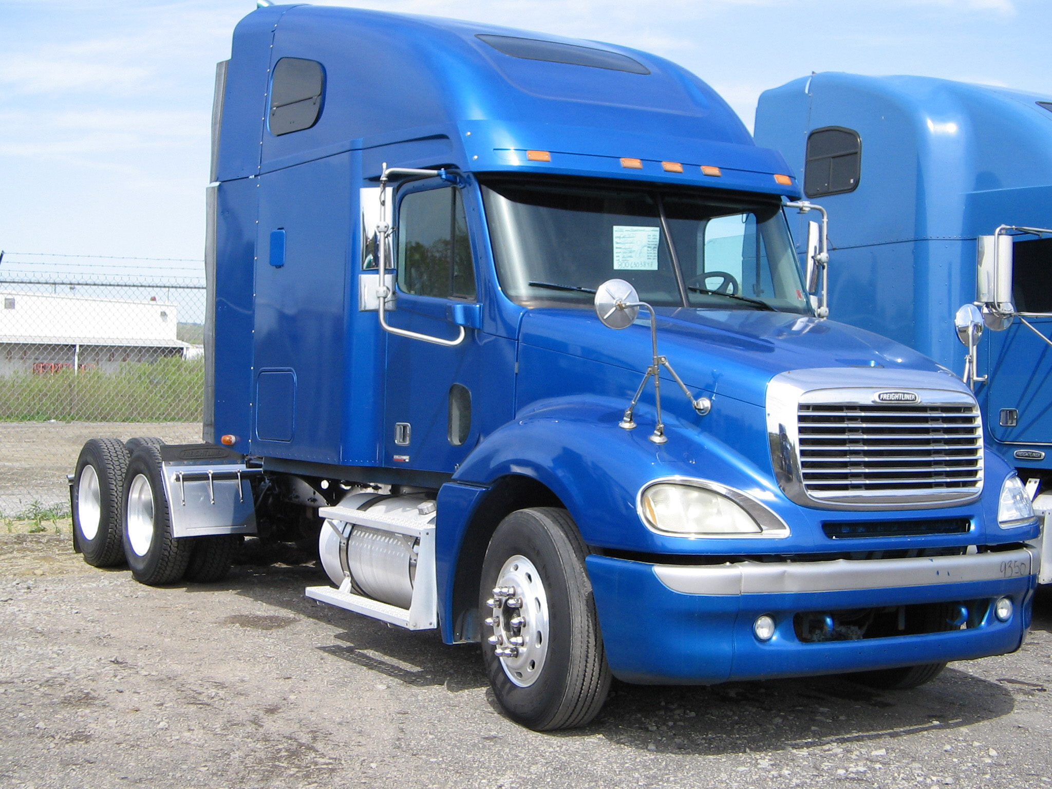 Freightliner Trucks For Sale >> Freightliner Columbia photos - PhotoGallery with 11 pics ...