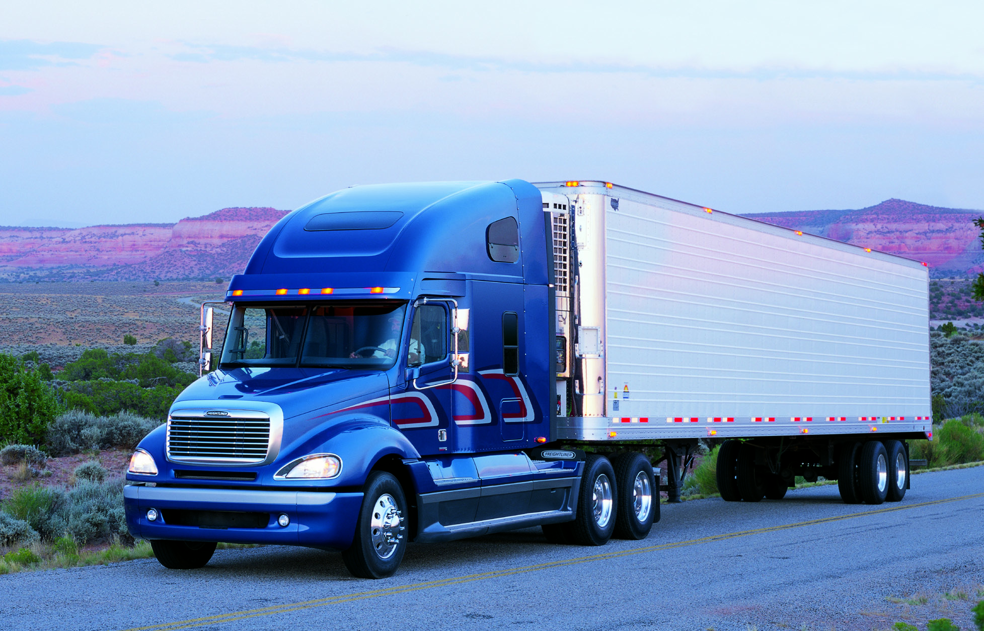 Freightliner Photo Gallery 108 High Quality Freightliner