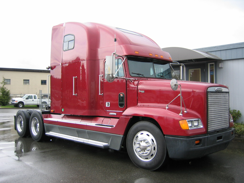 Freightliner Fld 120 : Post pics of vehicle you ve seen around page ford
