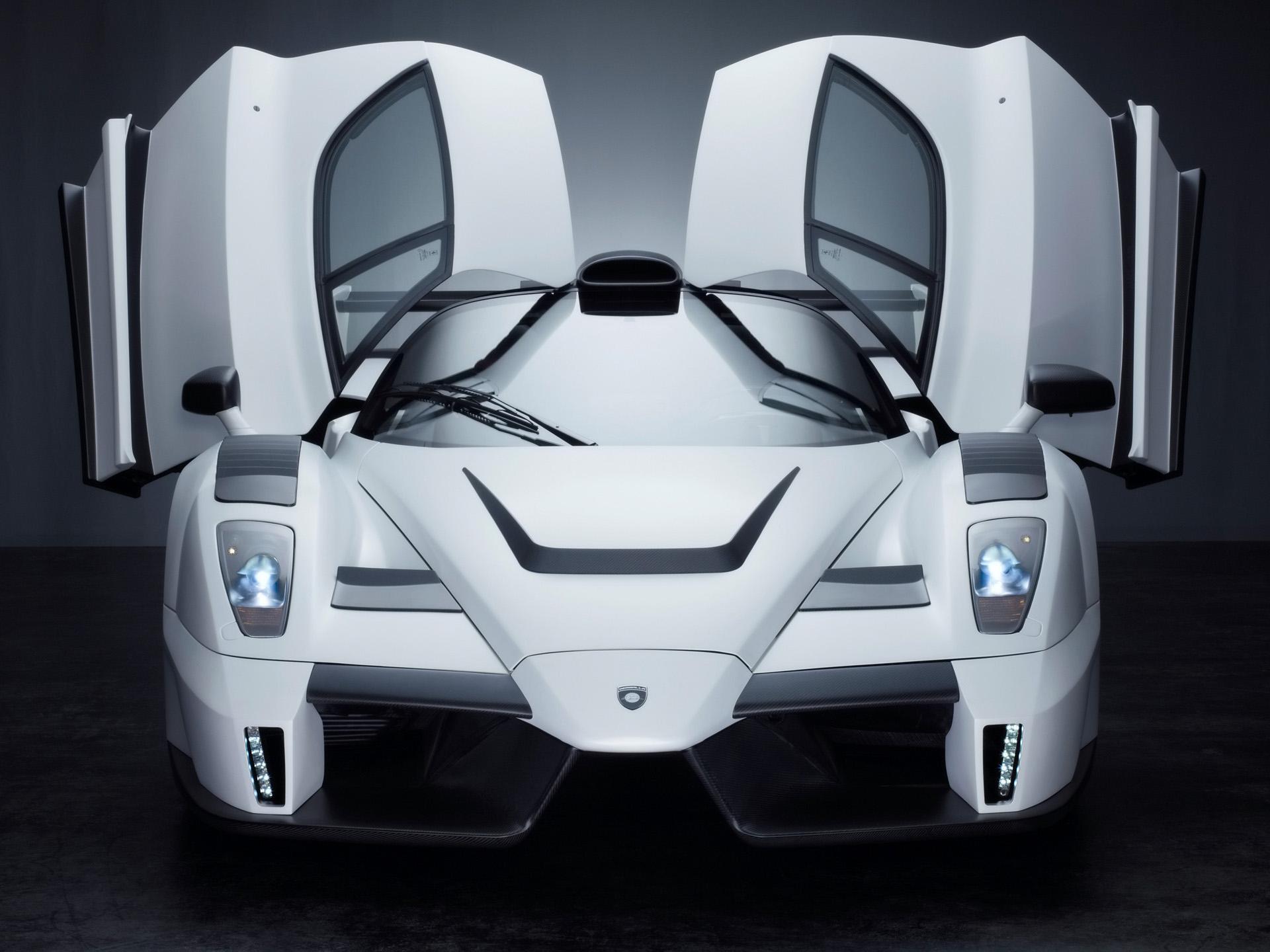 белый спортивный автомобиль gemballa mig u1 без смс