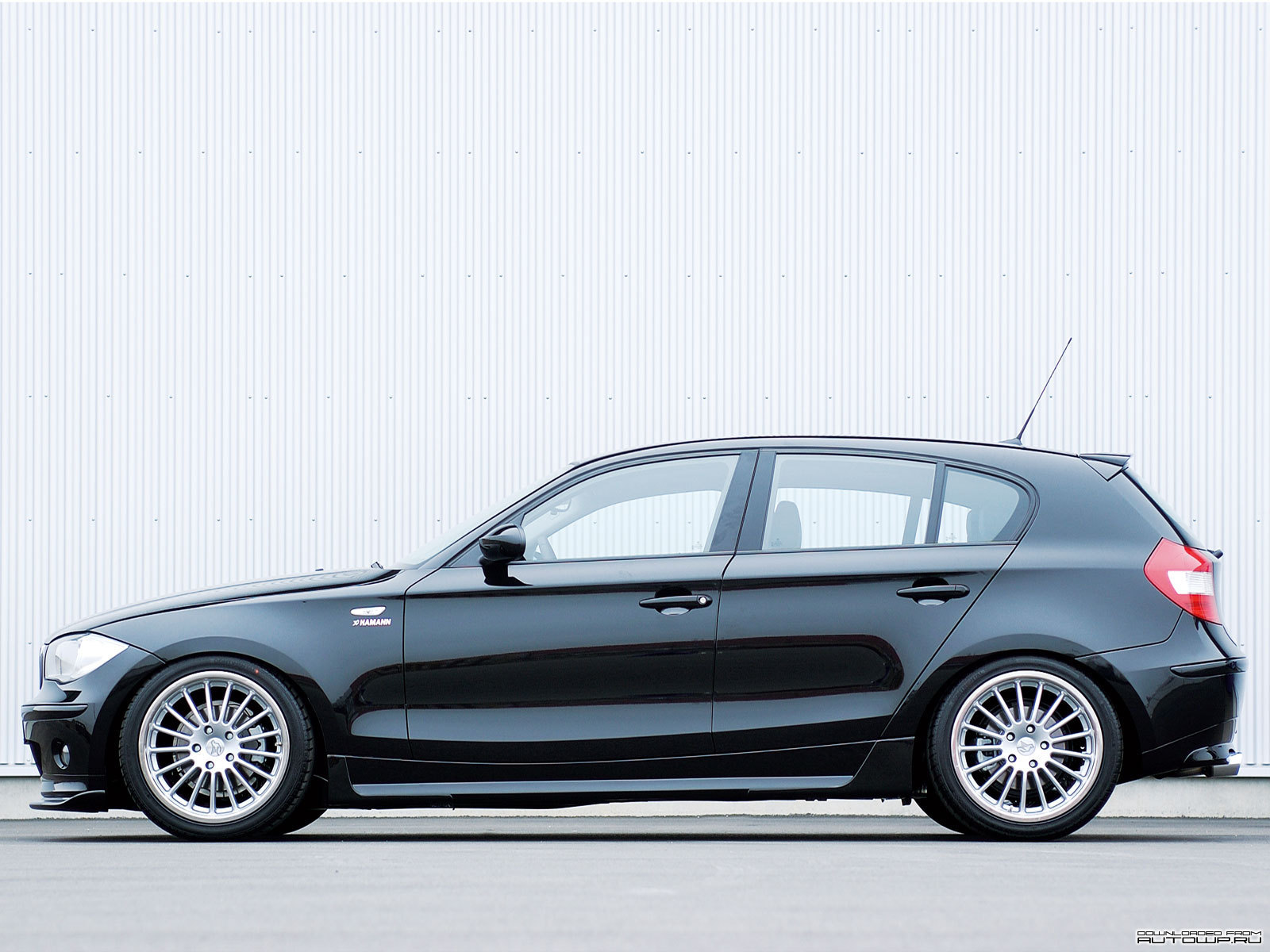 hamann bmw 1 series 5 door e87 photos photogallery with 18 pics. Black Bedroom Furniture Sets. Home Design Ideas