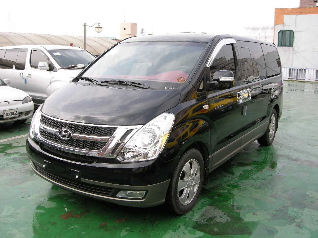 Hyundai H1 Starex photos - PhotoGallery with 5 pics ...