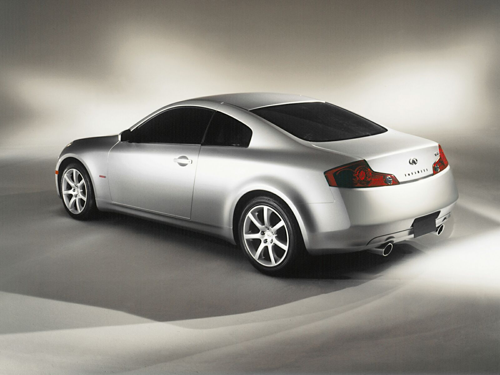 New Infiniti G35 Coupe >> Infiniti G35 Coupe Photos Photogallery With 20 Pics Carsbase Com