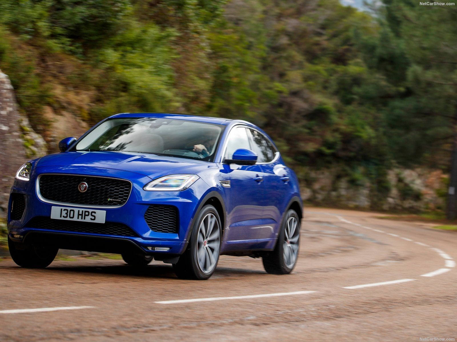 Jaguar E-Pace photo 185941