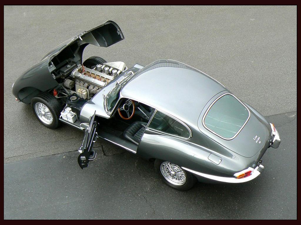 Jaguar E-Type photo 35993