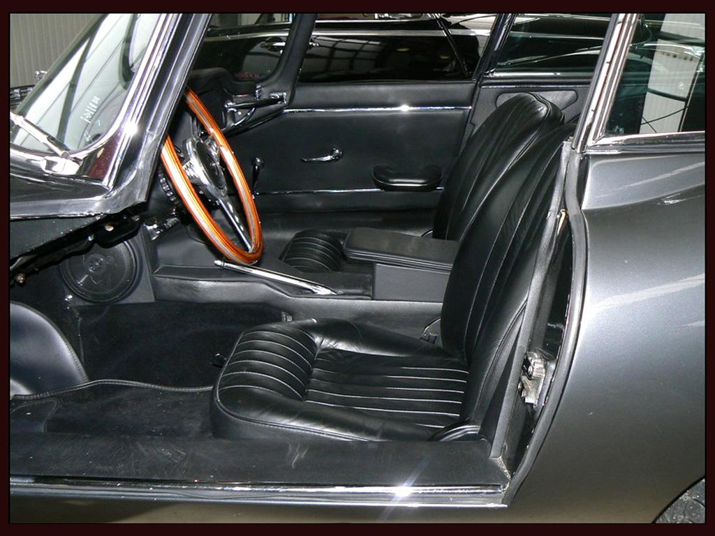 Jaguar E-Type photo 35994