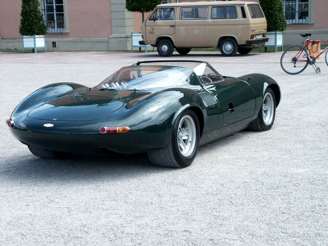 "The ""MC Sport Line"" range was. The ""MC Sport Line"" range was jaguar xj13"