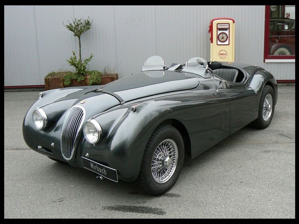 jaguar xk 120 roadster photos photogallery with 12 pics. Black Bedroom Furniture Sets. Home Design Ideas