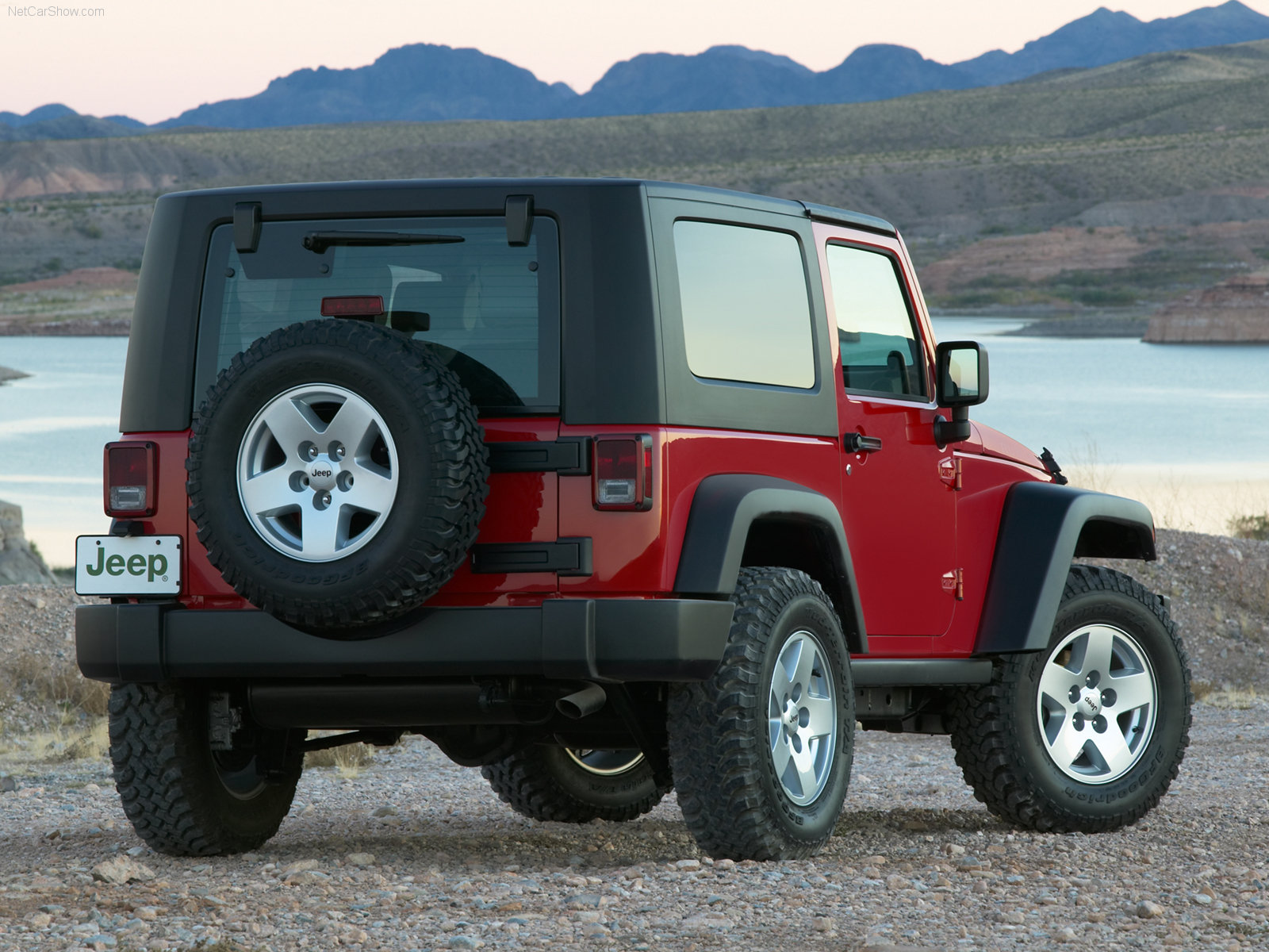 jeep wrangler rubicon photos photo gallery page 2. Black Bedroom Furniture Sets. Home Design Ideas