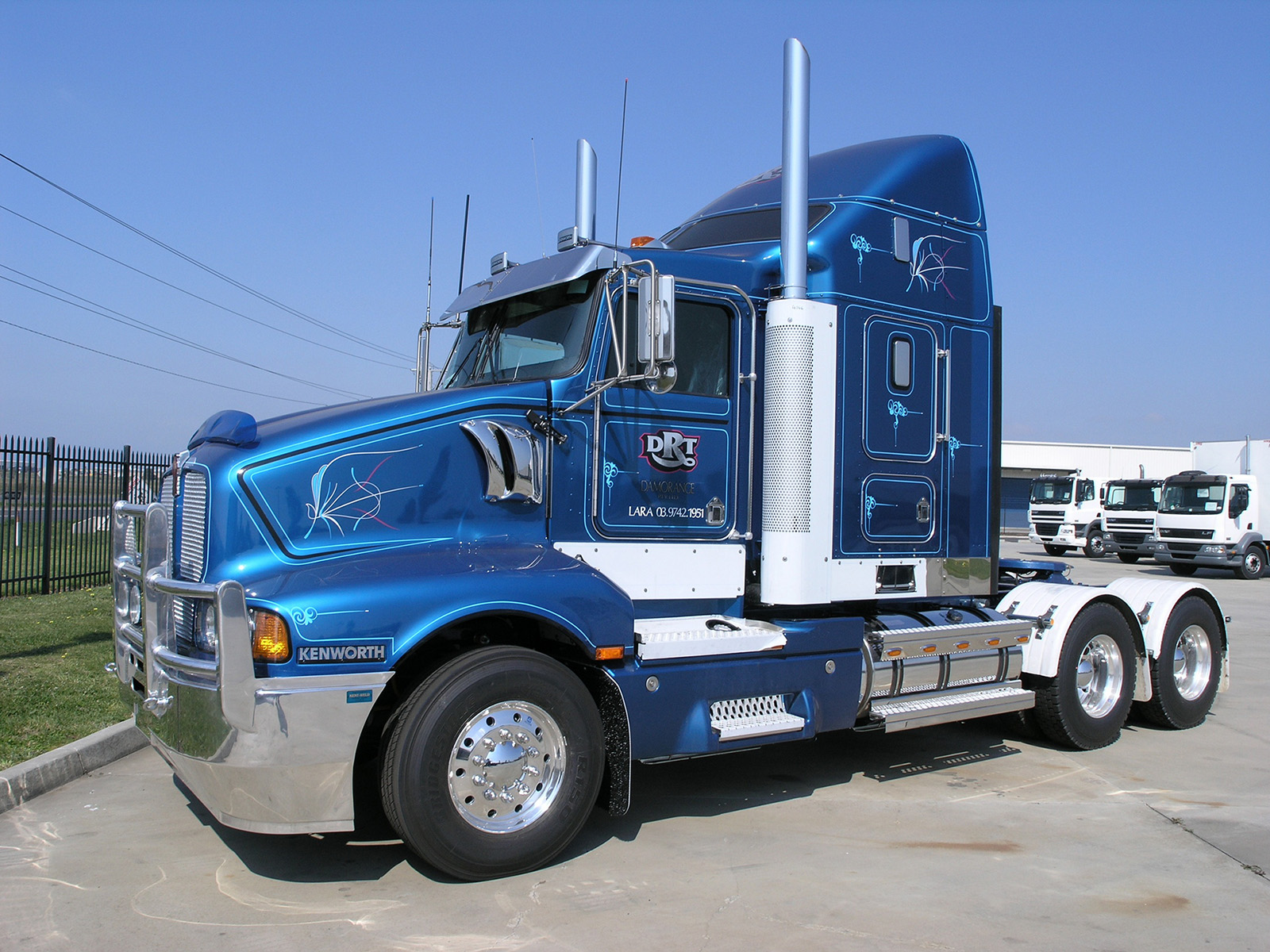 Kenworth T604 photos - PhotoGallery with 9 pics| CarsBase.com