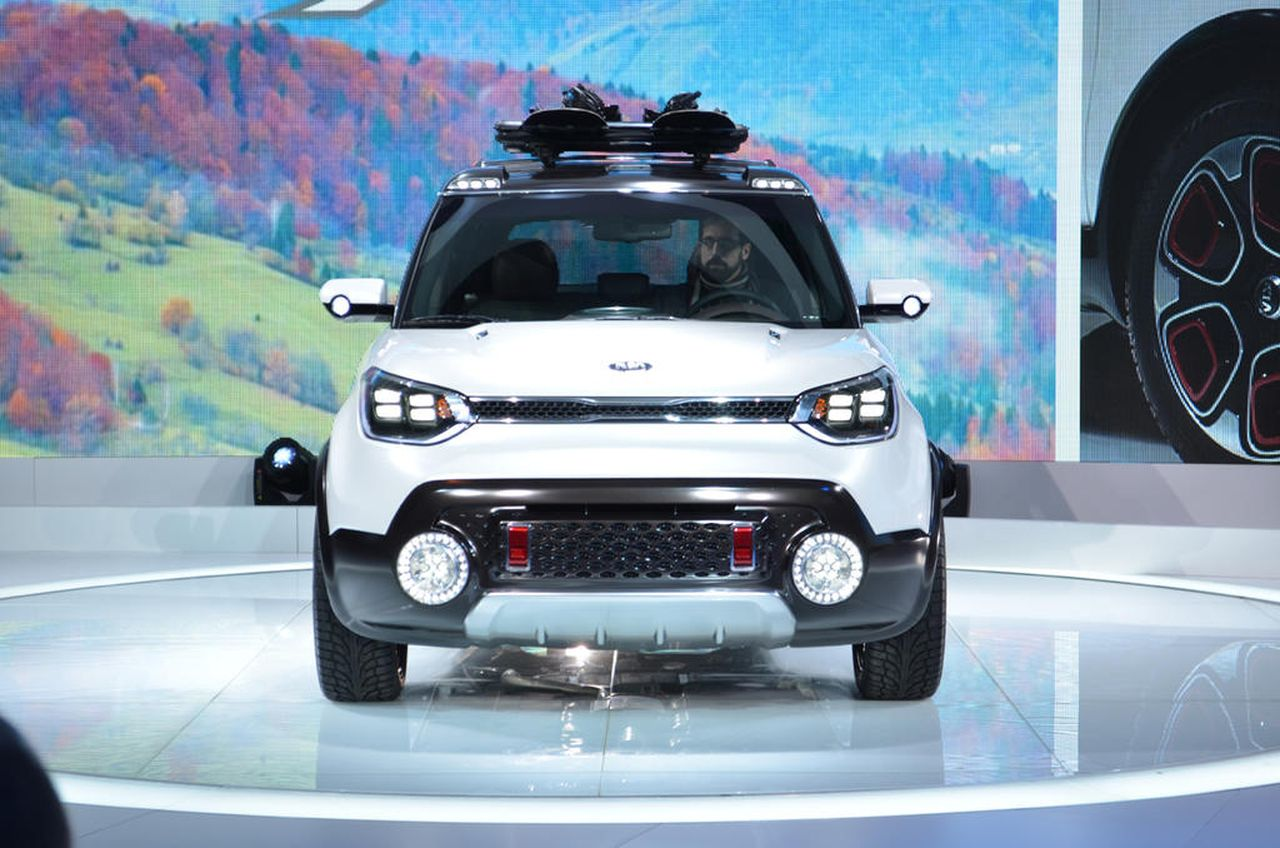 Kia Trailster photos - PhotoGallery with 3 pics| CarsBase.com