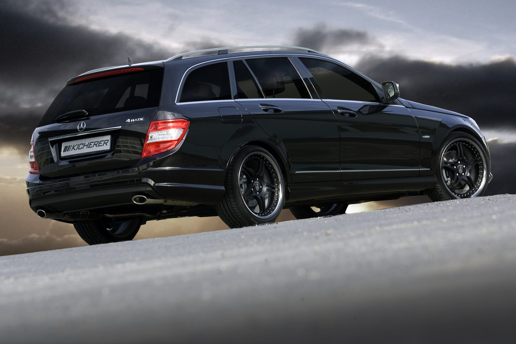 kicherer mercedes benz c320 cdi 4 matic photos photogallery with 5 pics. Black Bedroom Furniture Sets. Home Design Ideas
