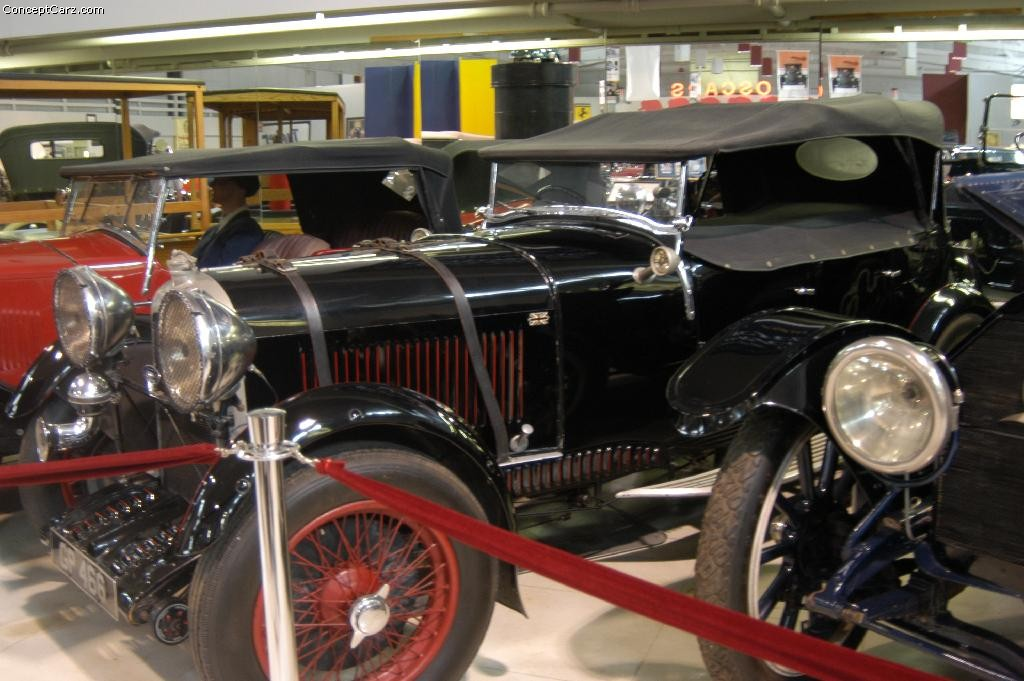 Lagonda Low Chassis Two-Litre photo 23744