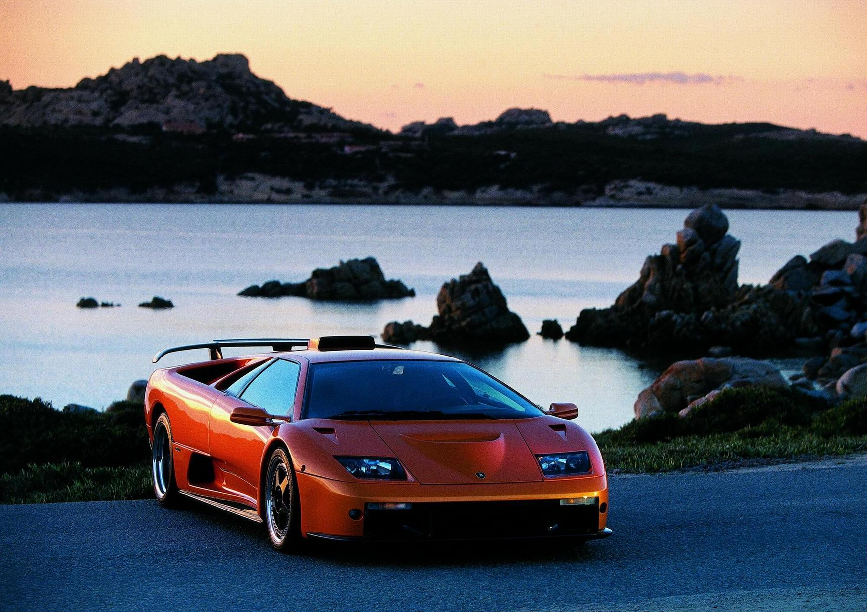Lamborghini Diablo Gt Photos Photogallery With 12 Pics