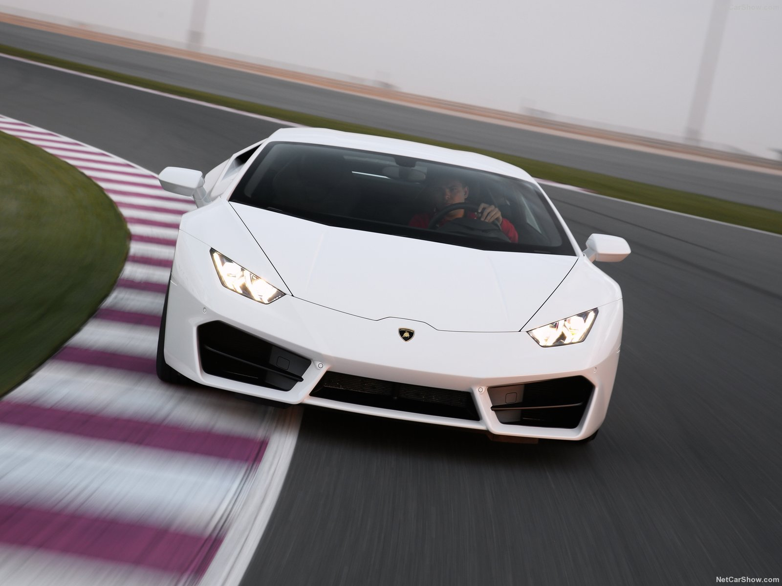 Lamborghini Huracan photo 183146