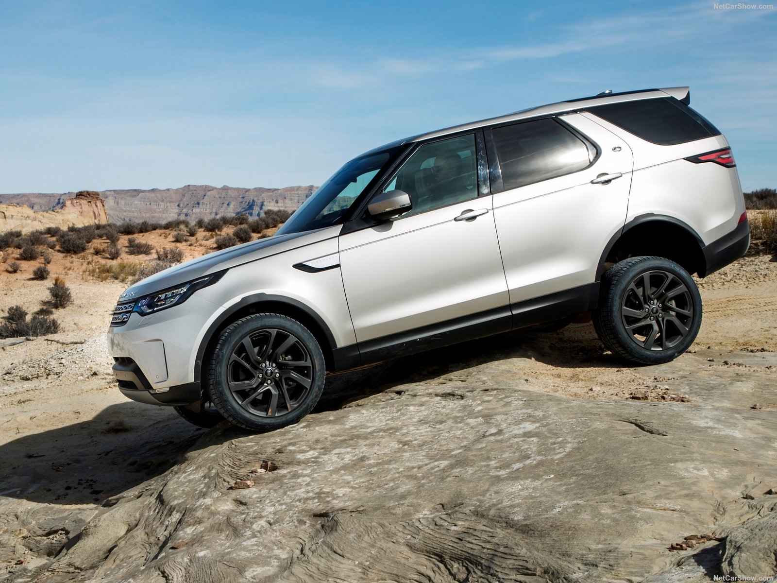 Land Rover Discovery photo 180235