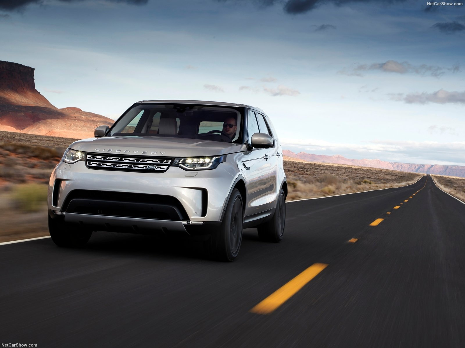 Land Rover Discovery photo 180247