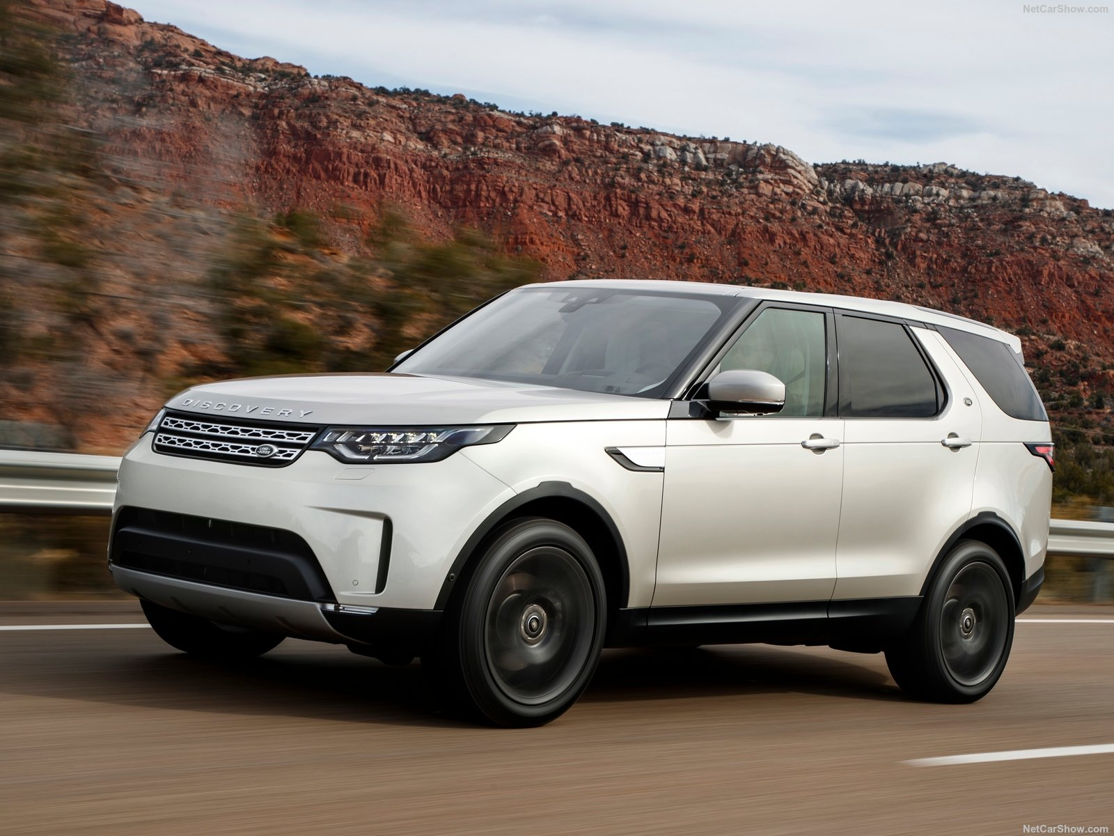 Land Rover Discovery photo 180262