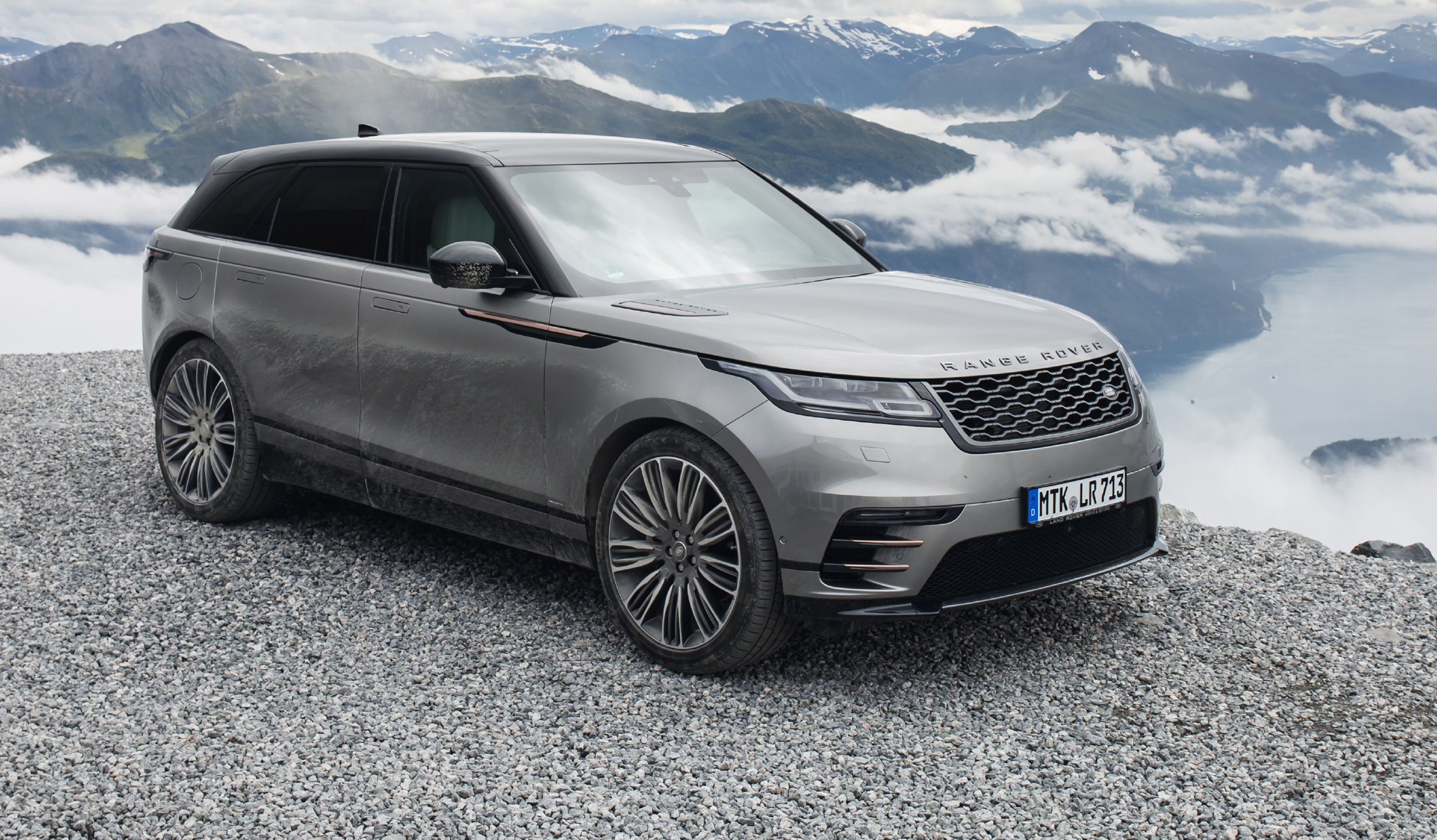 Land Rover Range Rover Velar photo 180163