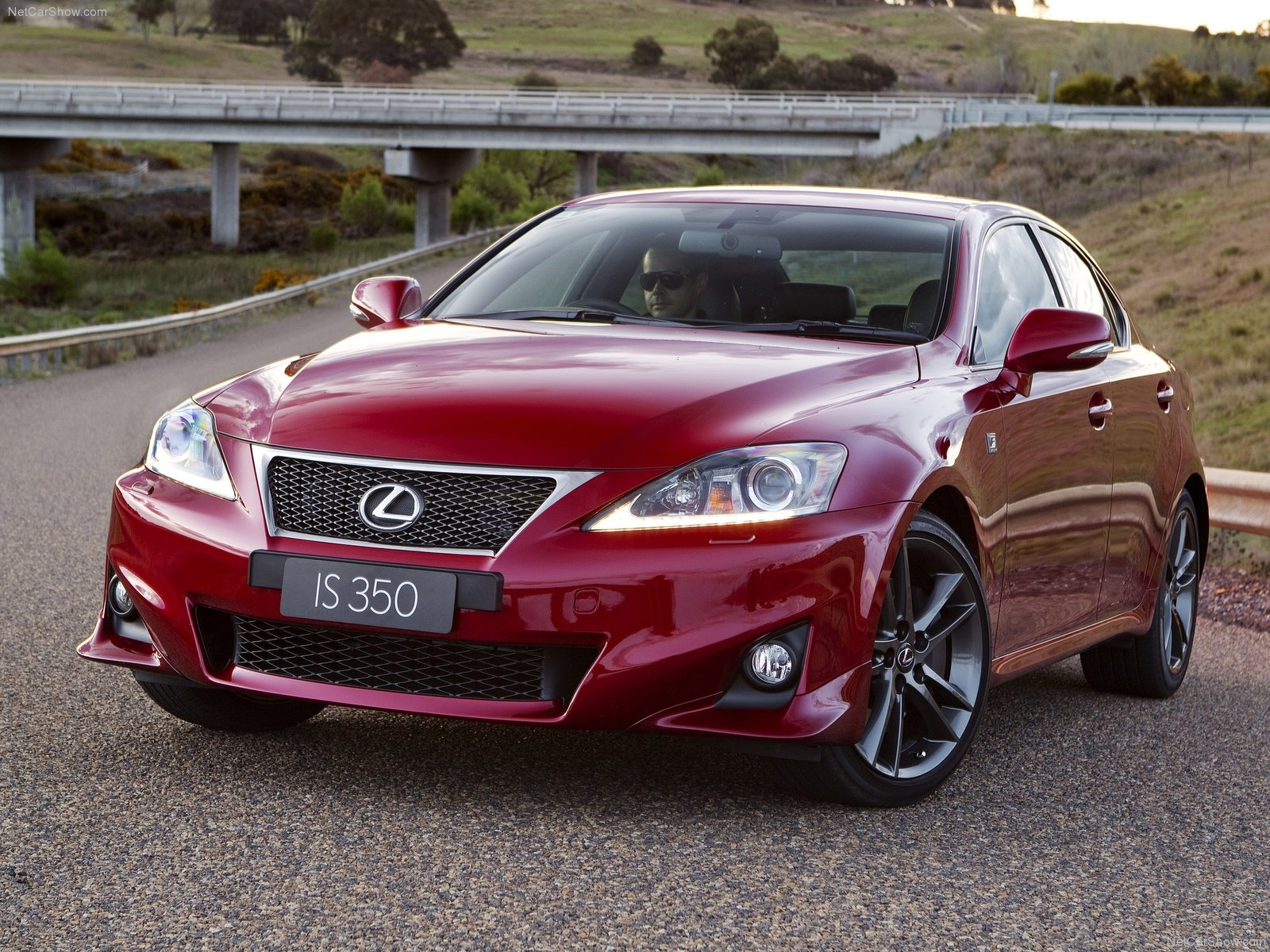 lexus is 350 f sport photos photogallery with 53 pics. Black Bedroom Furniture Sets. Home Design Ideas