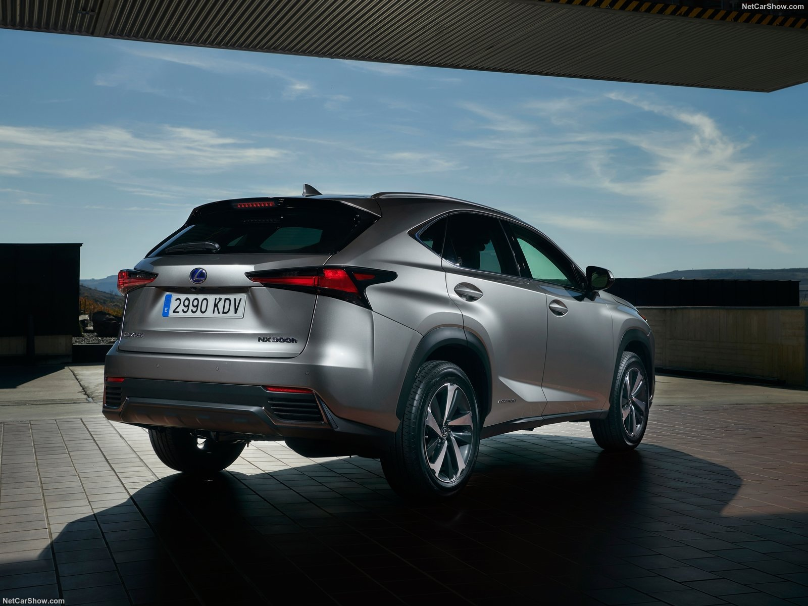 Lexus NX photo 183294