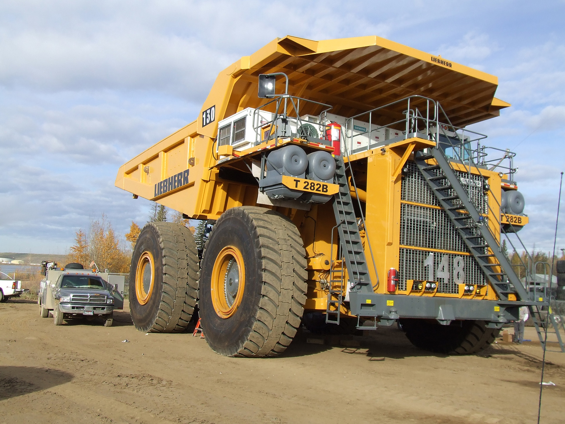 Liebherr T 282 B Photos Photogallery With 12 Pics